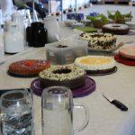 Kaffee und Kuchen beim Sommerfest